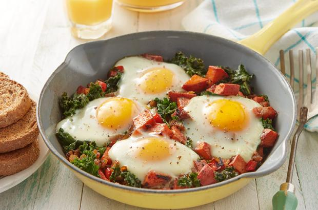 Kale and Sweet Potato Breakfast Skillet