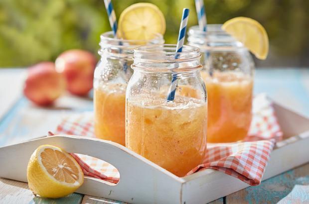 Ginger-peach Lemon Spritzer