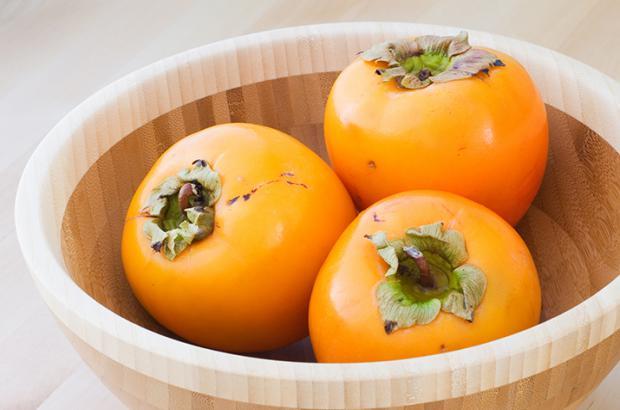 Bowl of Fuyr persimmons