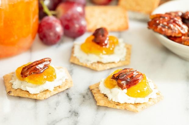 Crackers with jam and cheese