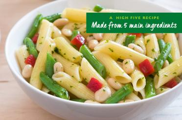 Penne with Green Beans and Pesto