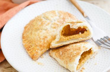Individual-sized pumpkin pies (turnovers)