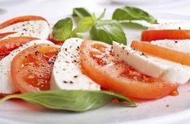 Insalata Caprese (Caprese Salad)