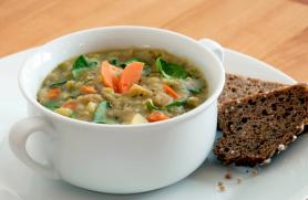Split Pea Soup with Spinach