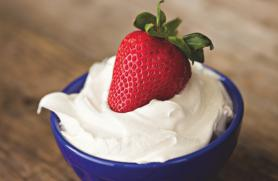 Peppered Strawberries with Crème Fraîche