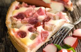 Rhubarb Yogurt Tart