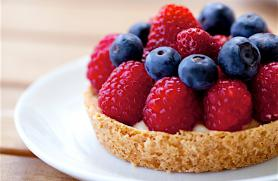 Fresh Berry Cream Tartlets