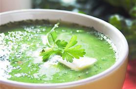 Creamy Kale and Pea Soup