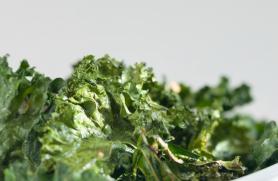 Crispy Kale Chips with Seasonings