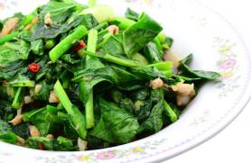 Southeast Asian Pork and Kale Stir-Fry