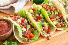 Lentil tacos with tomatoes
