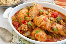 Serving dish filled chicken Cacciatore