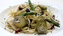 Linguini_With_Artichokes_and_Caramelized_Onions