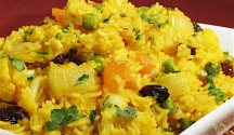 Biryani Rice with Cauliflower and Peas