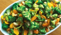 Mediterranean Broccoli Salad