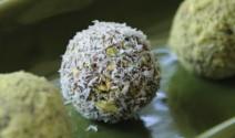 Date and Pistachio Balls