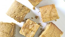 Maple Syrup Blondies