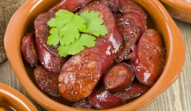 Chorizo Stewed in Red Wine