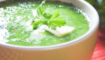 Creamy Kale and Pea Soup