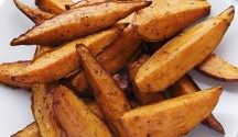 Spicy Sweet Potato Wedges with Jalapeño Sour Cream