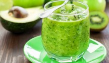Kiwi-Avocado Smoothie