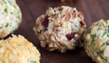 Cranberry Blue Cheese Bites