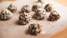 Nut Butter and Flax Powerballs