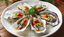 Oysters with Mignonette Sauce and Tabasco